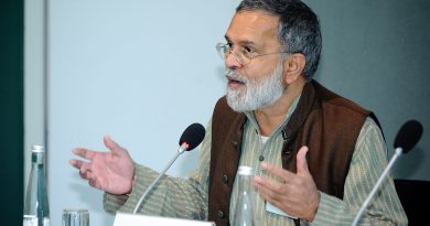 bsc colleges in kolkatacommitted to create social activists and global peace preachers like Praful Bidwai